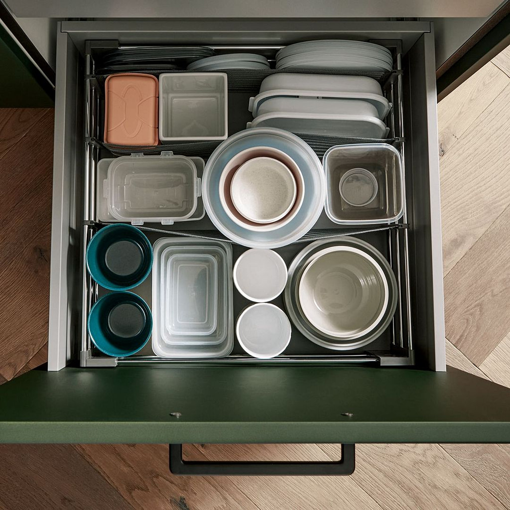 Pull out organiser