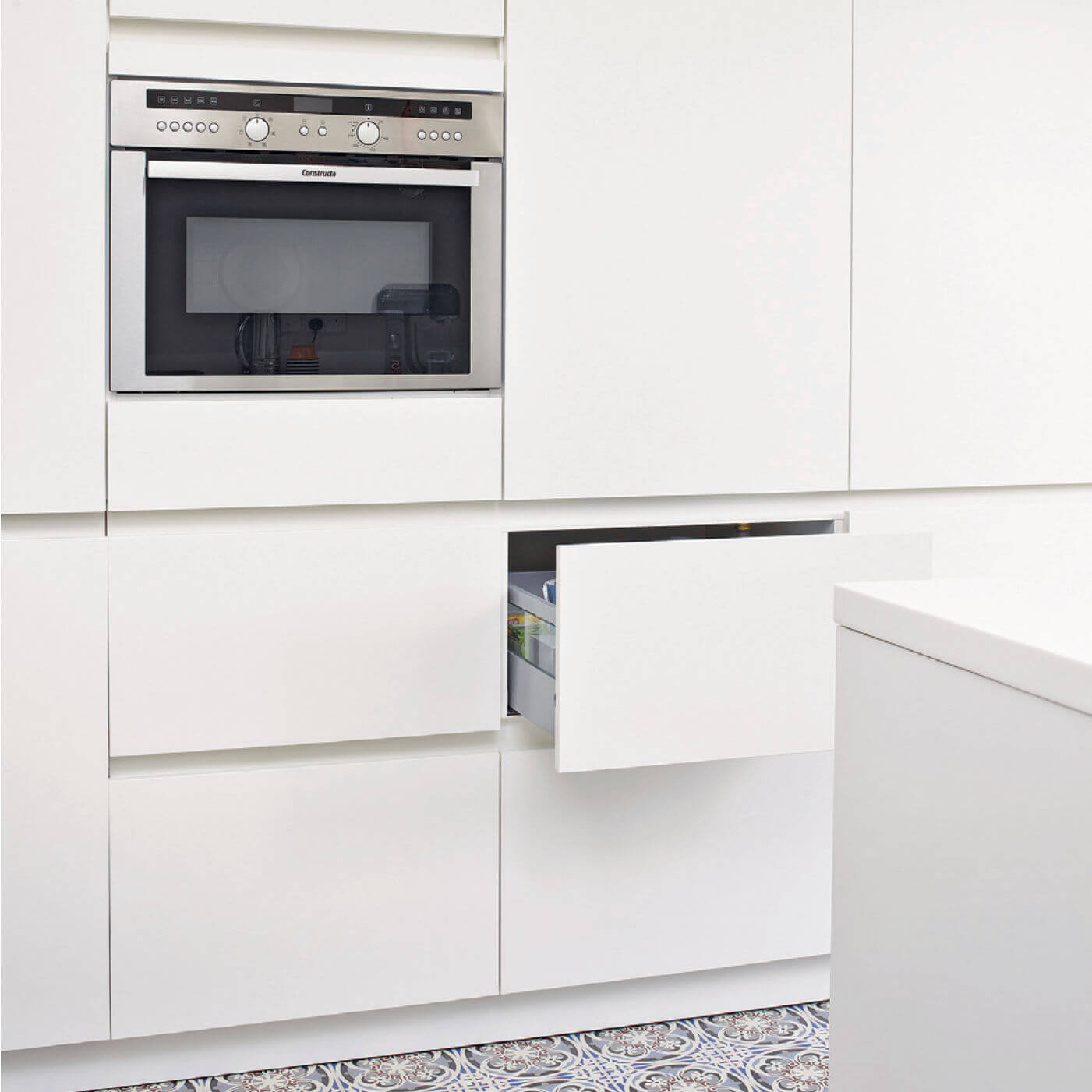 Tall Kitchen Units in White