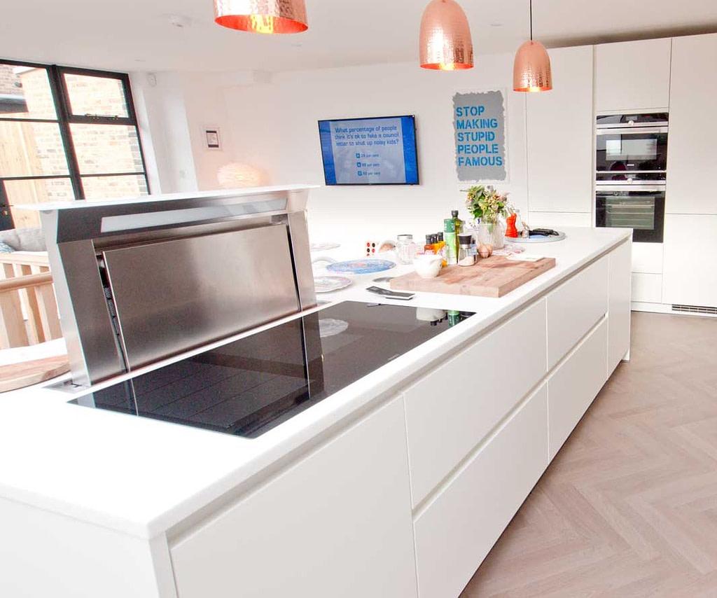 Matt white kitchen island