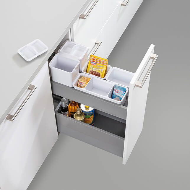 Pull out cupboard